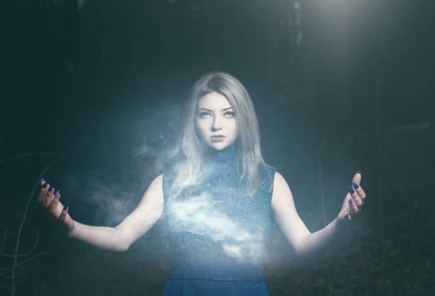 mito de las brujas del quinini