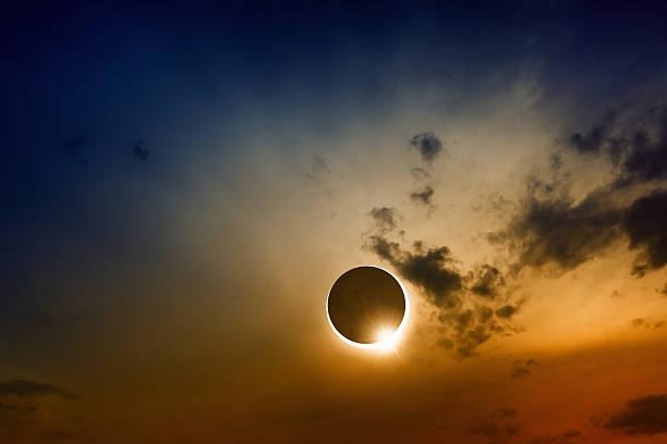 mitos de los eclipses solares