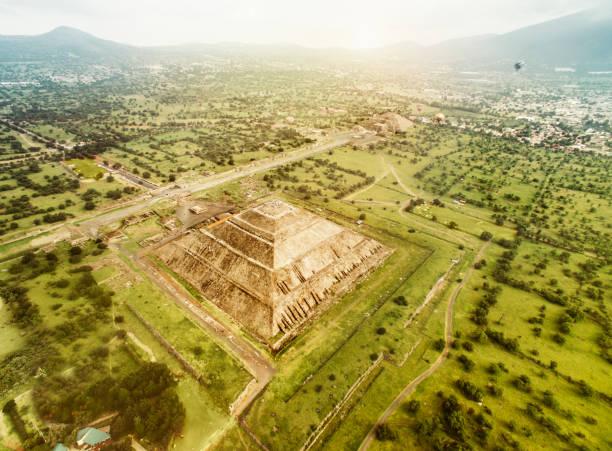 mitos historicos de teotihuacan