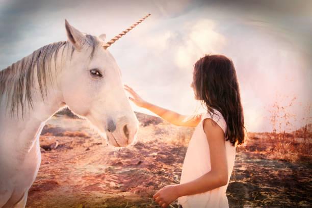 mitos de unicornios cortos