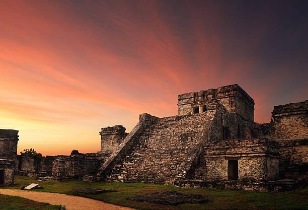 mitos mayas mas conocidos